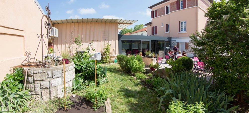 amis-et-fines-herbes-cours-cuisine-terrasse-jardin-potager-toulouse